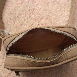 Steve Madden Bags - Steve Madden belt bag